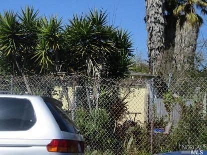 1195 Santa Barbara Drive, Santa Rosa, CA 95404 (#321055766) :: The Abramowicz Group