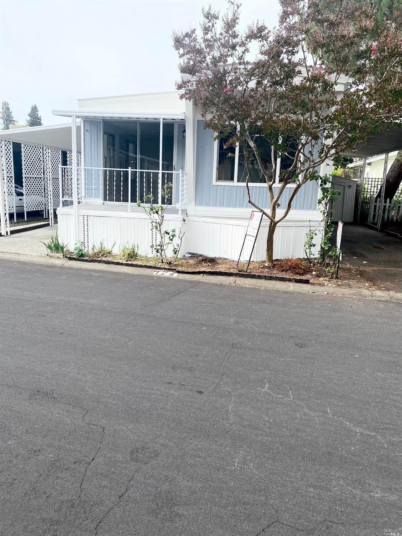 124 Coronado Circle - Photo 1