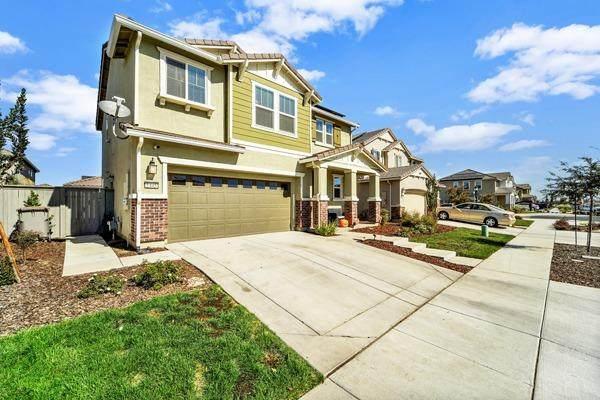 1445 Patriot Way, Woodland, CA 95776 (#221130637) :: Corcoran Global Living