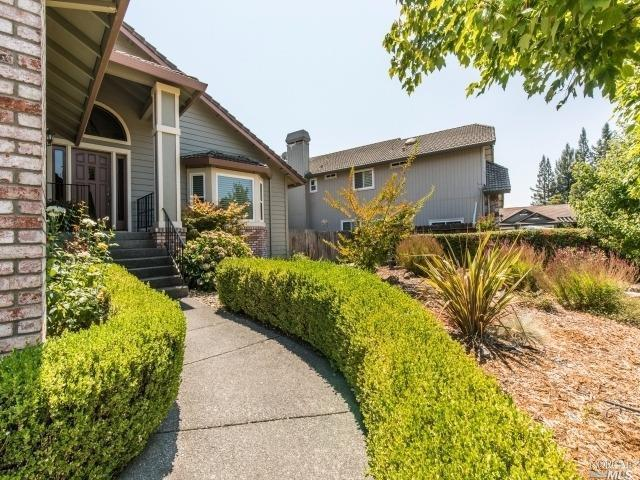 207 Chris Street, Windsor, CA 95492 (#21721945) :: The Todd Schapmire Team at W Real Estate