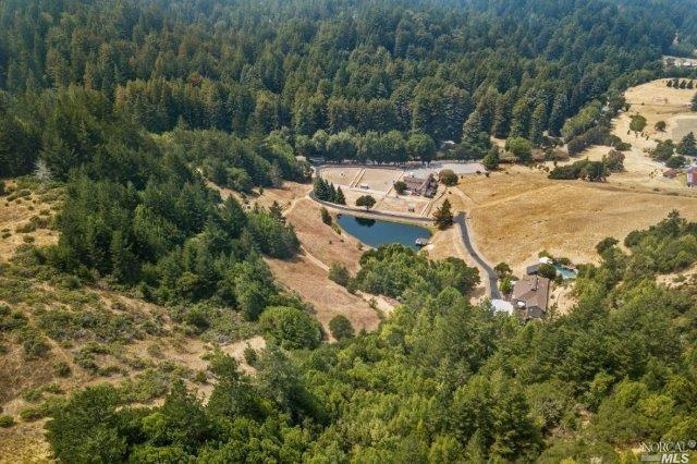 2100 Nicasio Valley Road, Nicasio, CA 94946 (#21822659) :: Rapisarda Real Estate