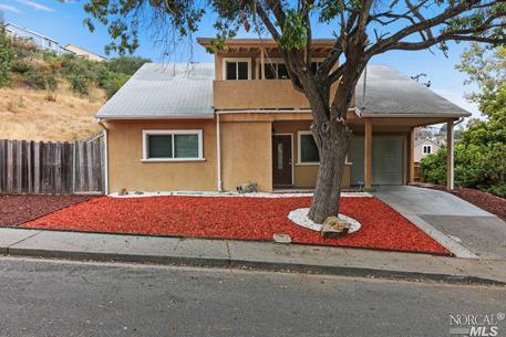 859 Palou Street, Vallejo, CA 94591 (#21825302) :: Perisson Real Estate, Inc.