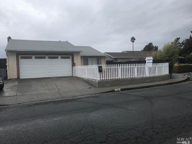 182 Obrien Circle, Vallejo, CA 94589 (#21903002) :: RE/MAX GOLD