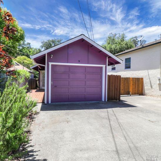 79 Willow Avenue, Fairfax, CA 94930 (#21914693) :: Rapisarda Real Estate