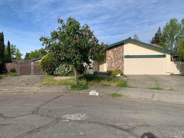 4332 Leafwood, W Circle - Photo 1