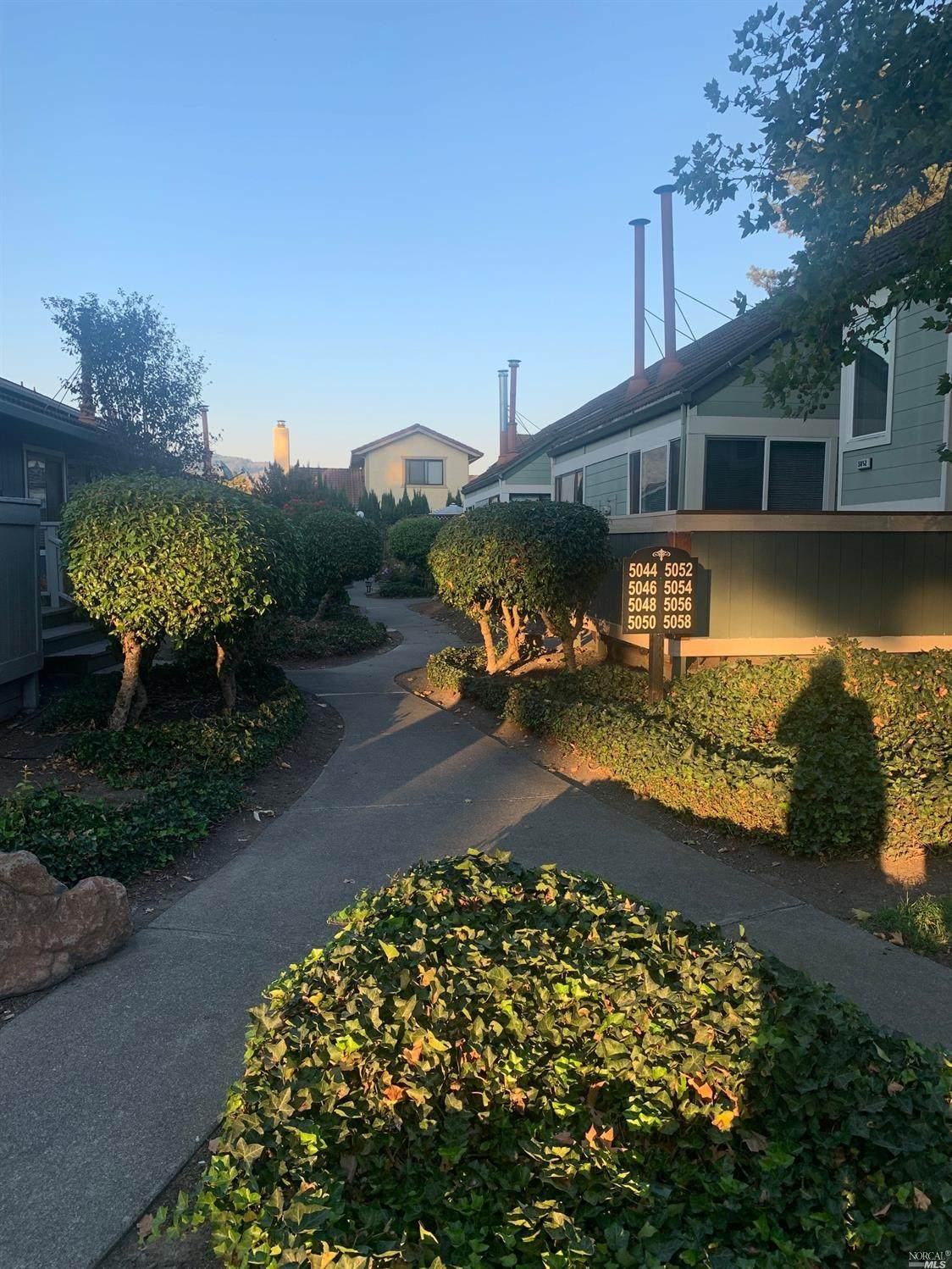 5058 Country Club Dr - Photo 1