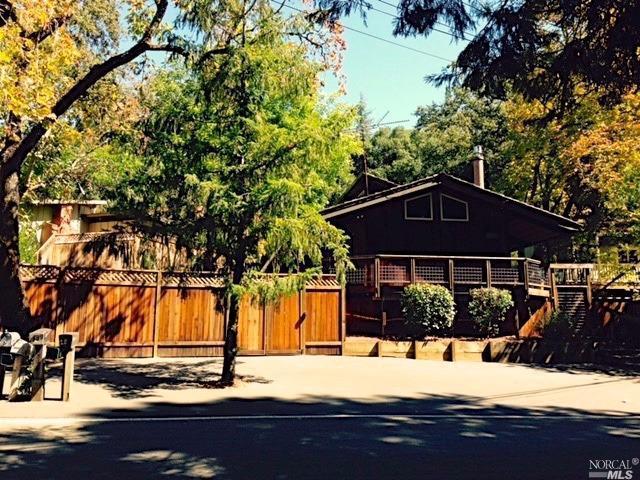 1652 Warm Springs Road, Glen Ellen, CA 95442 (#21714030) :: RE/MAX PROs