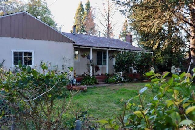 910 Hurlbut Avenue, Sebastopol, CA 95472 (#22002628) :: Hiraeth Homes