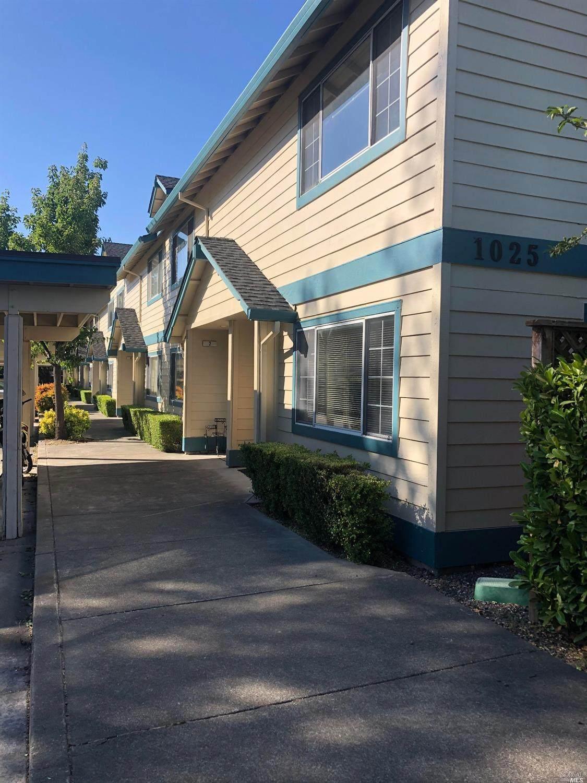 1025 East Cotati Avenue - Photo 1