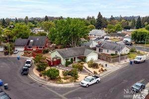 8484 Liman Way, Rohnert Park, CA 94928 (#321056193) :: Golden Gate Sotheby's International Realty