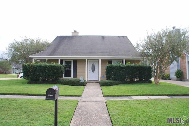 15552 Woodlore Dr, Baton Rouge, LA 70816 (#2018017442) :: David Landry Real Estate
