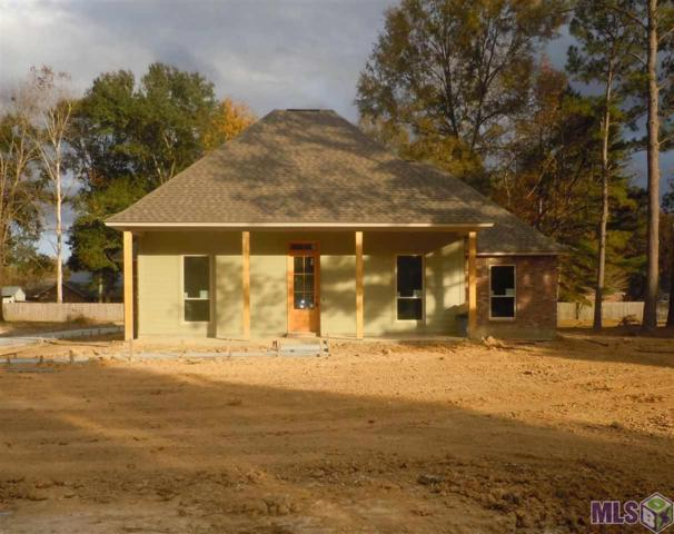 10741 Norway Pine Dr, Greenwell Springs, LA 70739 (#2018019662) :: The W Group with Berkshire Hathaway HomeServices United Properties