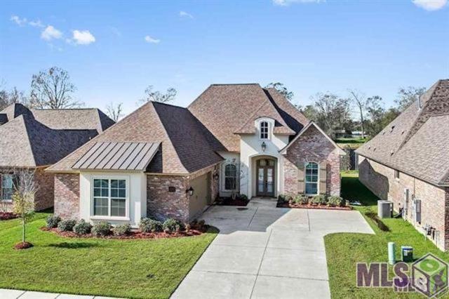 2907 Meadow Grove Ave, Zachary, LA 70791 (#2019002421) :: Smart Move Real Estate