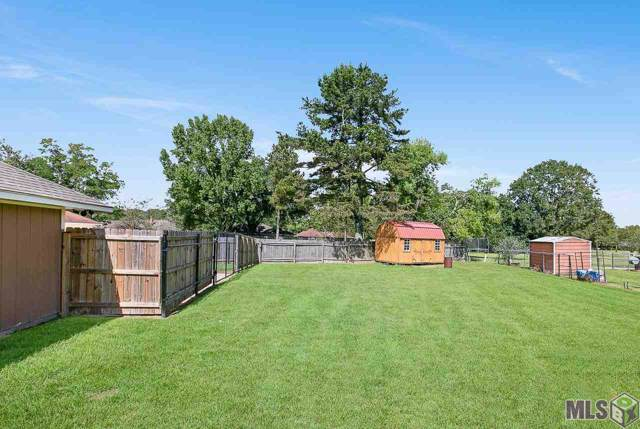 10669 Willowood Dr, Baton Rouge, LA 70811 (#2019017660) :: The W Group with Berkshire Hathaway HomeServices United Properties