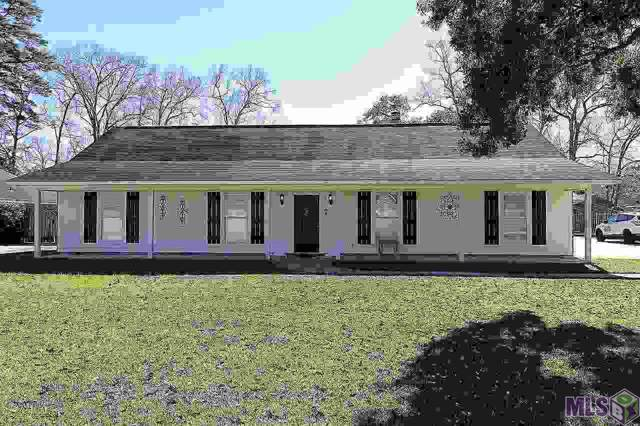 18212 S Sheridane Ct, Greenwell Springs, LA 70739 (#2020000891) :: The W Group with Berkshire Hathaway HomeServices United Properties