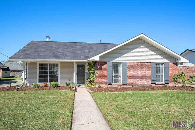 1220 E Greenbriar St, Gonzales, LA 70737 (#2020002986) :: The W Group with Berkshire Hathaway HomeServices United Properties