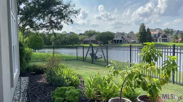 649 Grand Lakes Dr, Baton Rouge, LA 70810 (#2020014231) :: Patton Brantley Realty Group