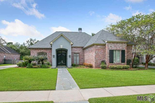 17948 Pecan Shadows Dr, Baton Rouge, LA 70810 (#2021013579) :: David Landry Real Estate