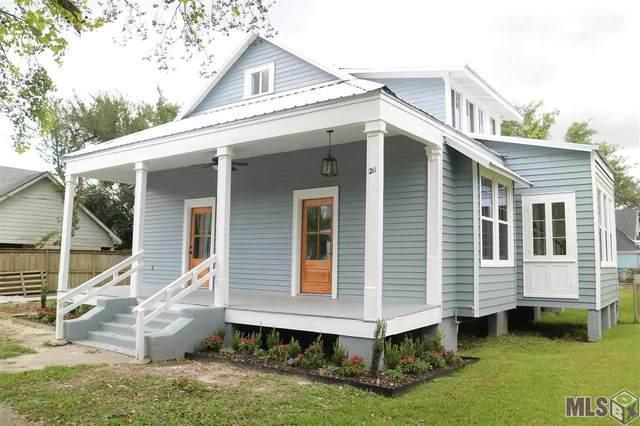 211 Chetimatches St, Donaldsonville, LA 70346 (#2021015145) :: David Landry Real Estate