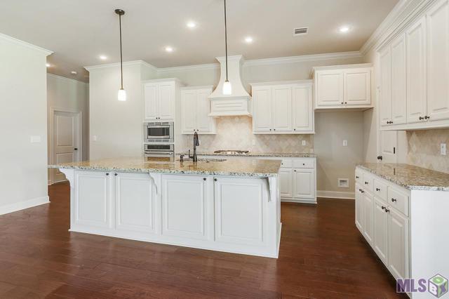 23375 Noble Oak Dr, Springfield, LA 70462 (#2018002677) :: Smart Move Real Estate