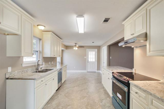 16021 Woodwick Ave, Baton Rouge, LA 70816 (#2019000312) :: The W Group with Berkshire Hathaway HomeServices United Properties