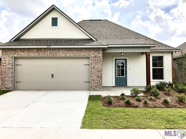 1327 Rustic Pine Dr, Baton Rouge, LA 70820 (#2019015783) :: The W Group with Berkshire Hathaway HomeServices United Properties