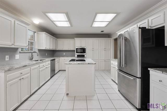18424 Weatherwood Dr, Baton Rouge, LA 70817 (#2020000339) :: Smart Move Real Estate