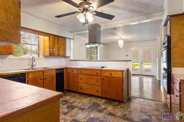 9818 Shamrock Ave, Denham Springs, LA 70726 (#2021004662) :: David Landry Real Estate