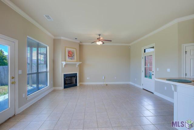 3421 Northlake Ave, Baton Rouge, LA 70810 (#2018015356) :: Smart Move Real Estate
