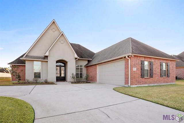 10574 Creek Hollow Ct, Denham Springs, LA 70726 (#2019015490) :: The W Group with Berkshire Hathaway HomeServices United Properties