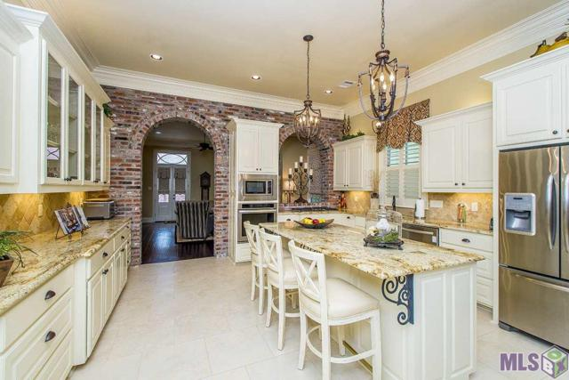 13250 Elissa Ln, Baton Rouge, LA 70818 (#2019003493) :: The W Group with Berkshire Hathaway HomeServices United Properties