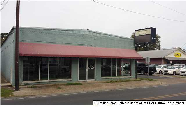 243 New Roads St - Photo 1