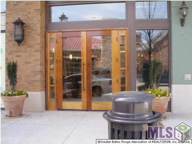 7707 - #426 Bluebonnet Blvd #426, Baton Rouge, LA 70810 (#2017011401) :: Trey Willard of Berkshire Hathaway HomeServices United Properties