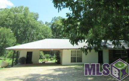 19264 Perrilloux Rd, Livingston, LA 70754 (#2017012977) :: Smart Move Real Estate