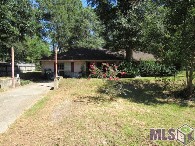 10709 Sherrie Ln, Denham Springs, LA 70726 (#2017014780) :: South La Home Sales Team @ Wayne Clark Realty