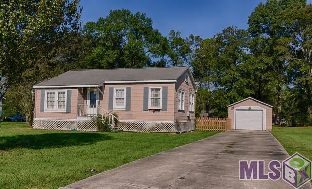 18556 Little Prairie Rd, Prairieville, LA 70769 (#2017016448) :: Smart Move Real Estate