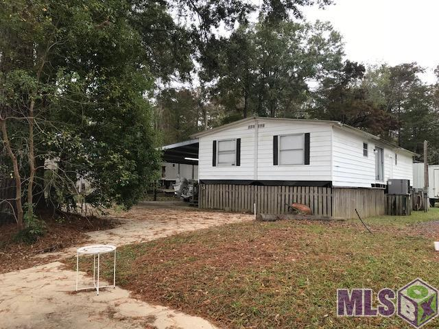 19205 River Bend Rd, Maurepas, LA 70449 (#2017018234) :: South La Home Sales Team @ Wayne Clark Realty