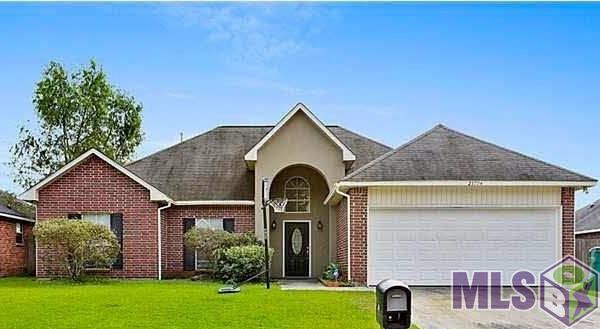 23794 Sandlewood Ct, Denham Springs, LA 70726 (#2017019080) :: Smart Move Real Estate
