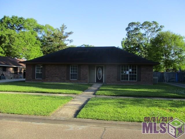 16905 Fort Pulaski Ave, Baton Rouge, LA 70817 (#2018006764) :: Smart Move Real Estate