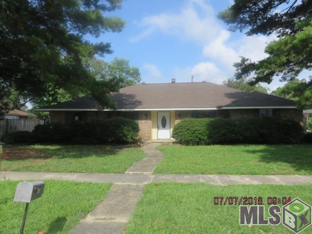 430 Chesterfield Dr, Baton Rouge, LA 70815 (#2018011401) :: South La Home Sales Team @ Berkshire Hathaway Homeservices