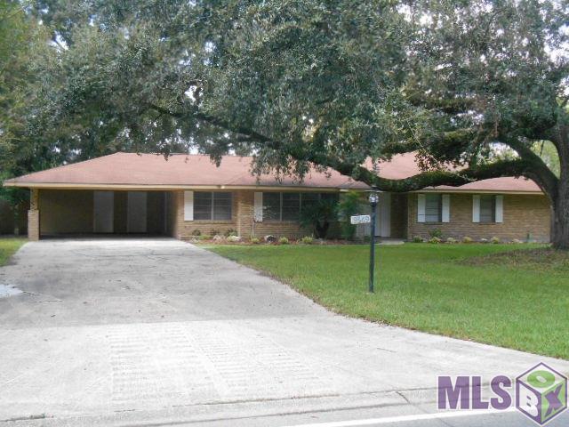 9669 Mollylea Dr, Baton Rouge, LA 70816 (#2018016646) :: Patton Brantley Realty Group