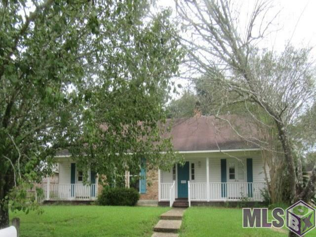 12325 Schlayer Ave, Baton Rouge, LA 70816 (#2018016660) :: The W Group with Berkshire Hathaway HomeServices United Properties