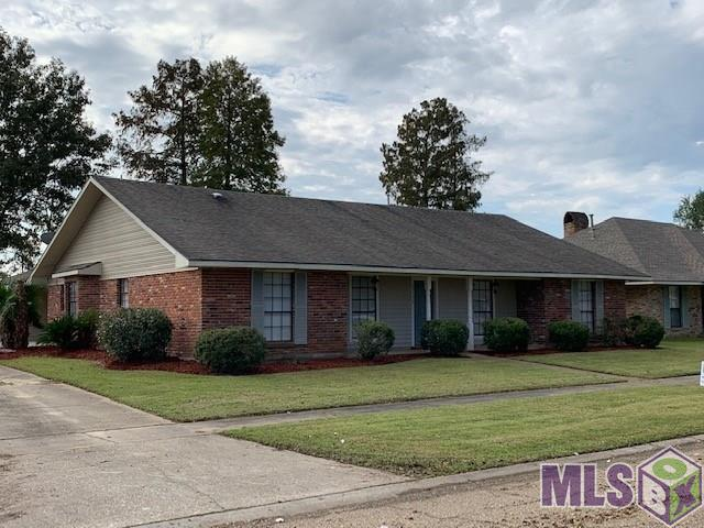 15152 Seven Pines Ave, Baton Rouge, LA 70817 (#2018019803) :: Patton Brantley Realty Group