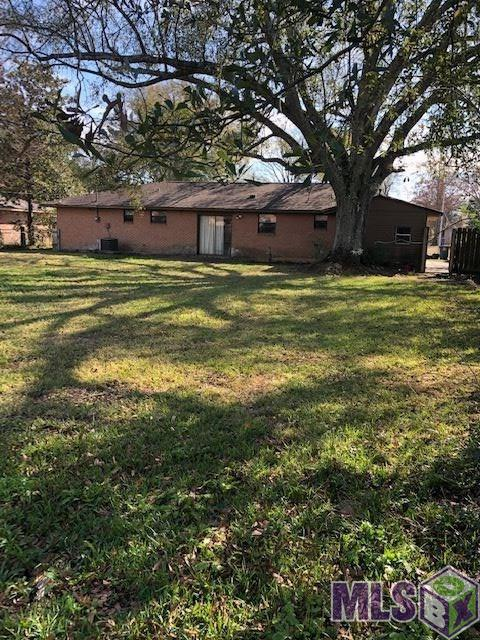 11677 Glenda Dr, Baton Rouge, LA 70815 (#2019000902) :: Darren James & Associates powered by eXp Realty