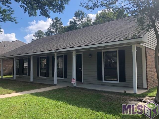 15032 Woodmoss Dr, Baton Rouge, LA 70816 (#2019008957) :: Smart Move Real Estate