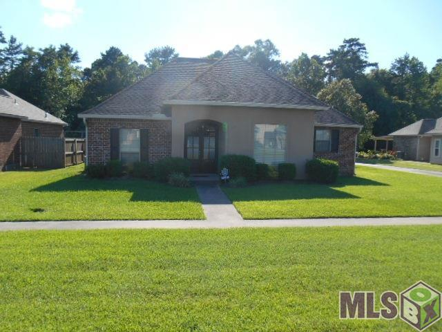 32809 Briar Oak Dr, Walker, LA 70785 (#2019010318) :: The W Group with Berkshire Hathaway HomeServices United Properties