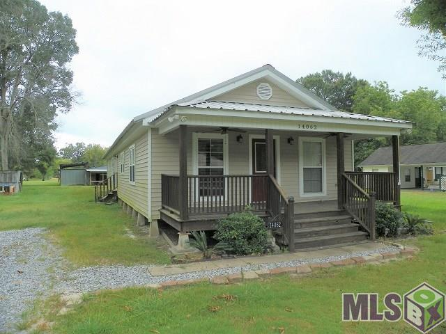 14062 Bourque Rd, Gonzales, LA 70737 (#2019012260) :: The W Group with Berkshire Hathaway HomeServices United Properties