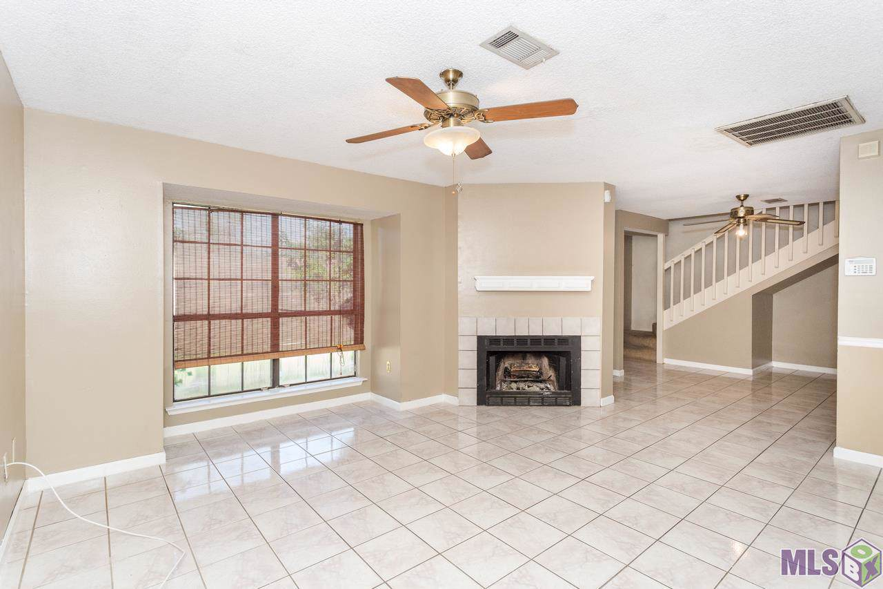 1820 Carolyn Sue Dr - Photo 1