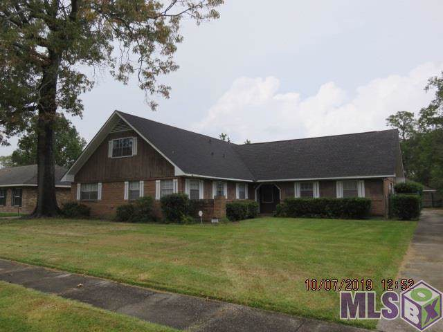 12721 E Glenhaven Dr, Baton Rouge, LA 70815 (#2019017250) :: The W Group with Berkshire Hathaway HomeServices United Properties