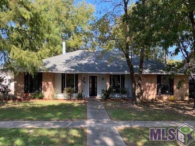 13641 House Of Lancaster Dr, Baton Rouge, LA 70816 (#2019019638) :: Patton Brantley Realty Group